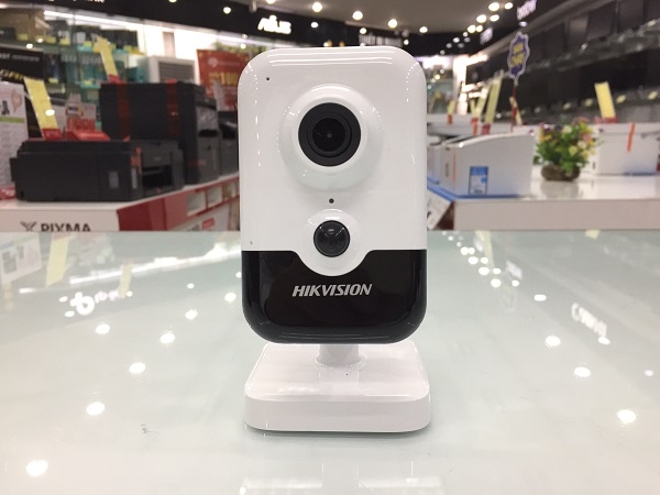 Camera Wifi Hikvision 2MP DS-2CD2423G0-IW