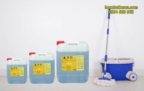 Pha loãng hóa chất All Clean hóa chất lau sàn đa năng với nước theo tỷ lệ quy định