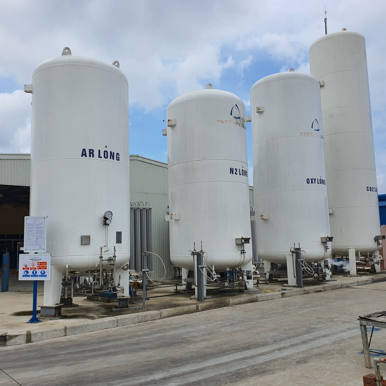 Dịch vụ lắp đặt bồn chứa khí CO2 lỏng, Nitơ lỏng (N2), Oxy lỏng (O2), Argon lỏng, Amoniac lỏng (NH3)