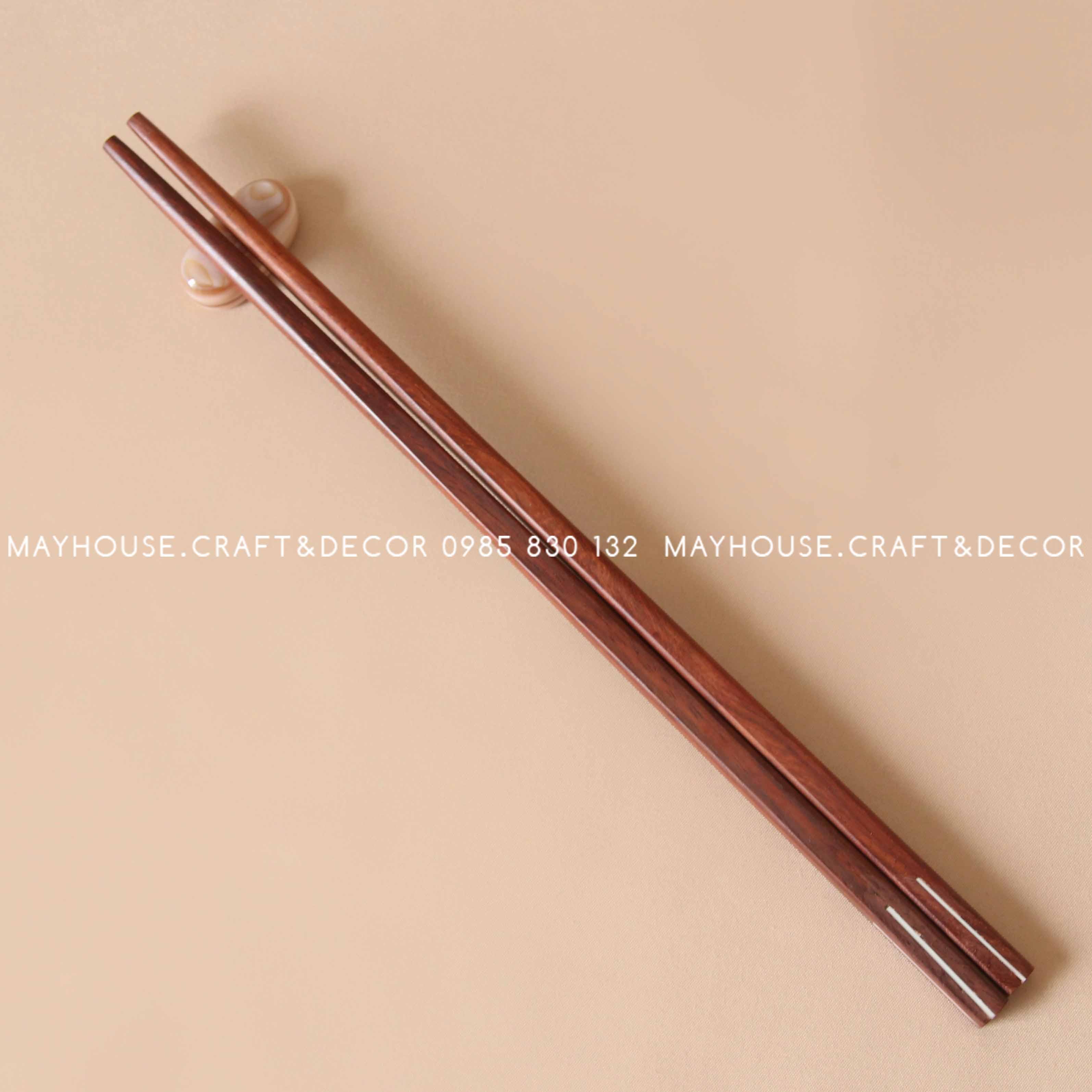 Đũa gỗ cẩm sọc trắng