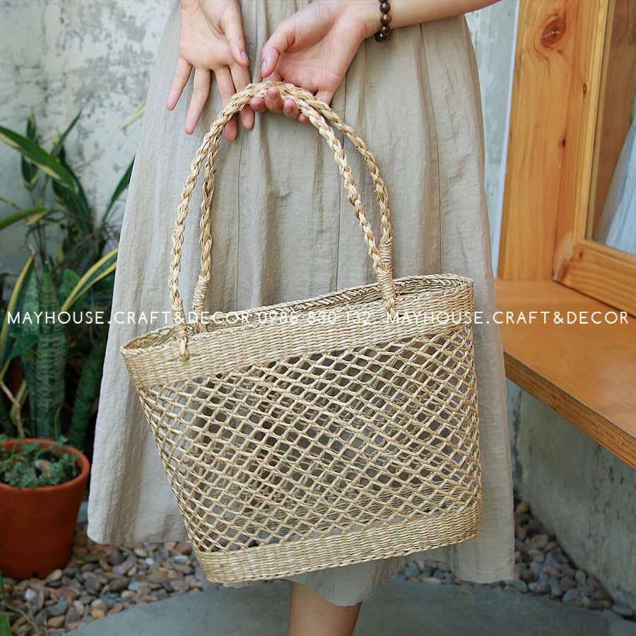 Túi cói chẻ đan chéo