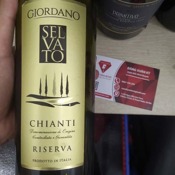 Rượu vang Riserva Chianti của Ý