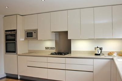Tủ bếp Laminate - PD15
