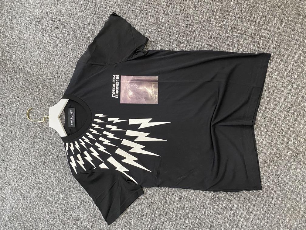 Áo phông Neil Barrett sét - đen
