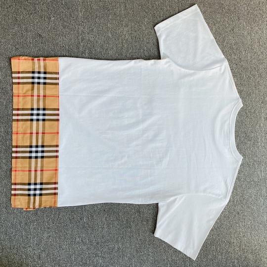 Áo phông Burberry vá gấu - Trắng