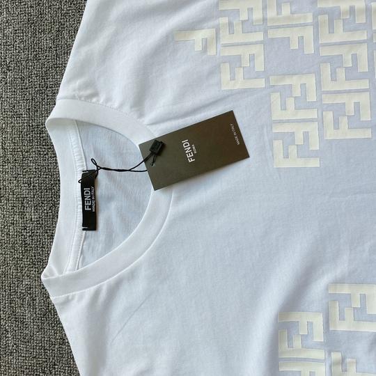 Áo phông Fendi FF - trắng