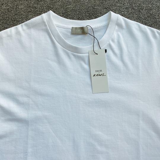 Áo phông Dior chữ viền tay - Trắng