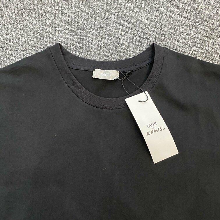 Áo phông Dior chữ viền tay - đen