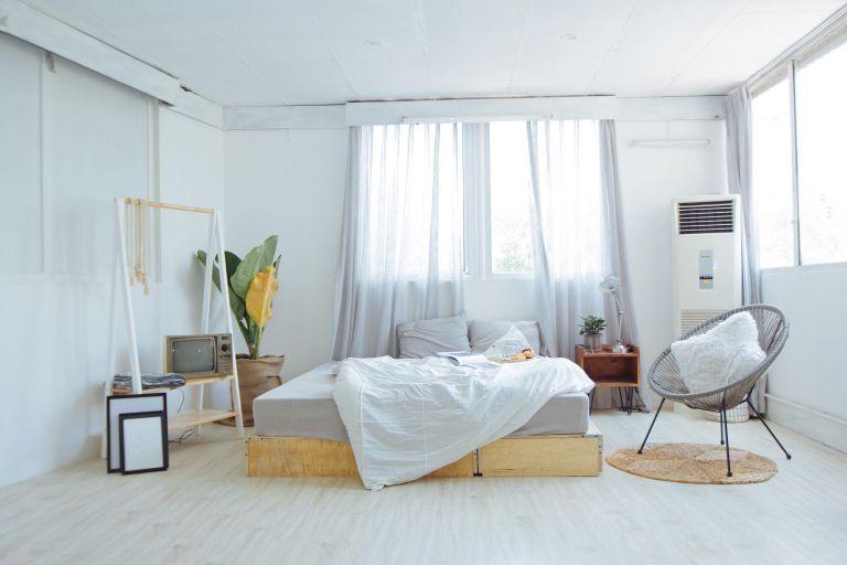 Trang trí homestay theo tông màu trắng mang đến sự chân thật, giản dị