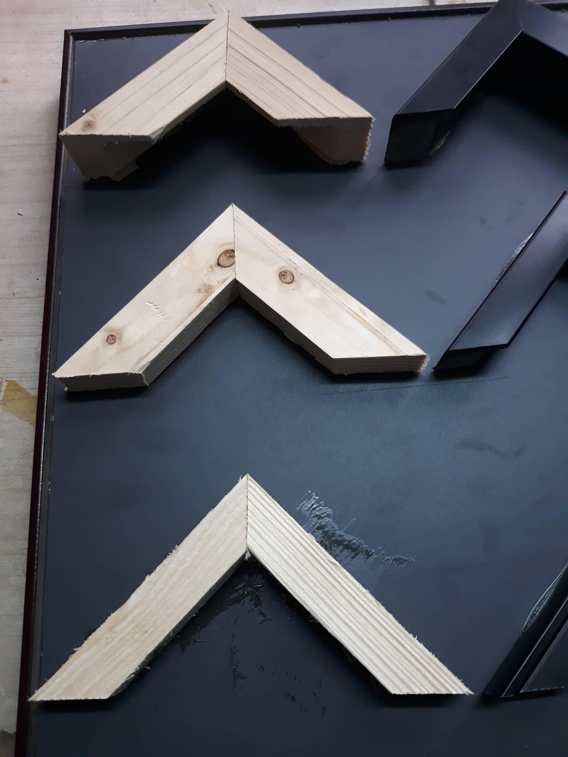 Khung tranh treo tường gỗ thông cao cấp