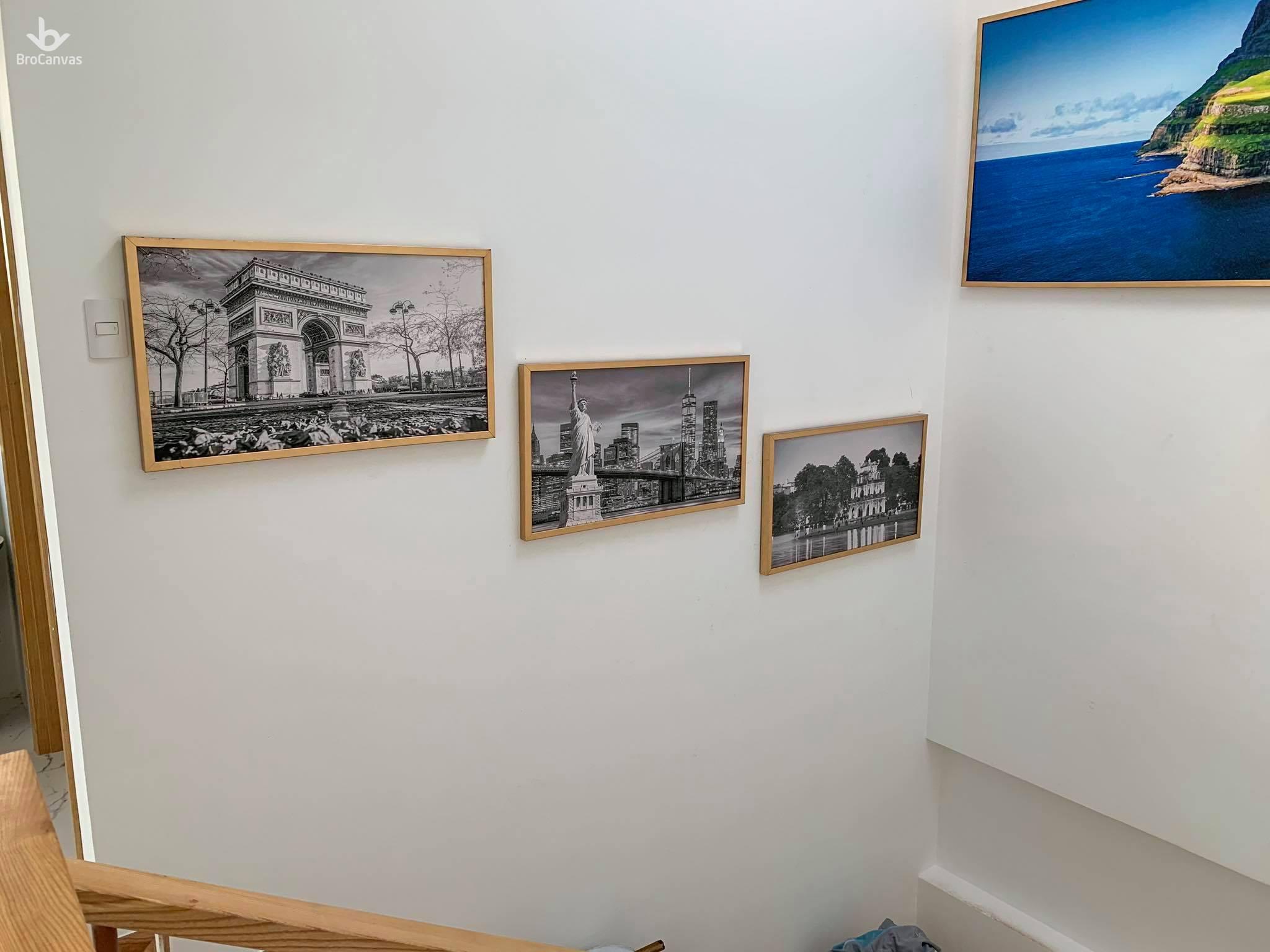Những bức tranh treo tường homestay tại Đà Nẵng cũng mang lại giá trị tinh thần lớn