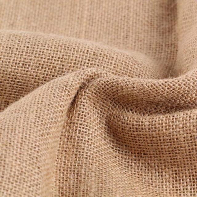 Loại vải này thường có sợi to, và mật độ thưa hơn