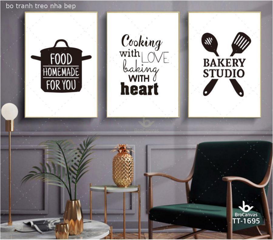 Khung tranh treo không gian nhà bếp đơn giản