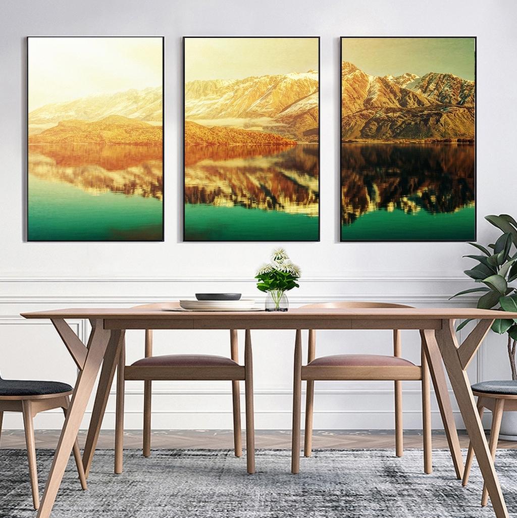 Bức tranh núi phù hợp với gia chủ tuổi Dần