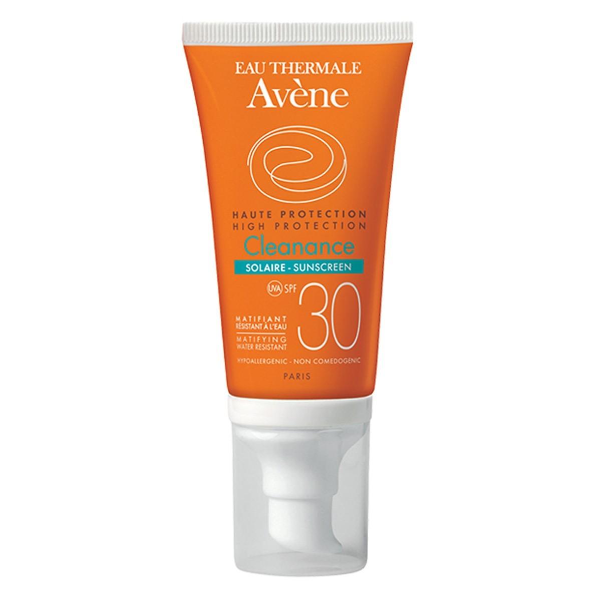 Eau Thermale Avène High Protection Cleanance Solar Spf 30- Kem chống nắng cho da nhờn mụn