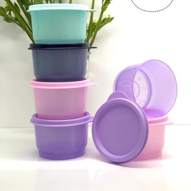 Hộp BQTP ngăn mát Tupperware Snack cup ( hàng tặng)