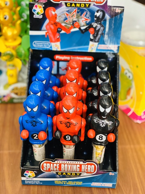 Kẹo đồ chơi Boxing Hero