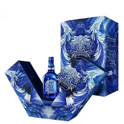 Rượu Whisky Chivas Regel 18 YO blue hộp quà 40% Scotland