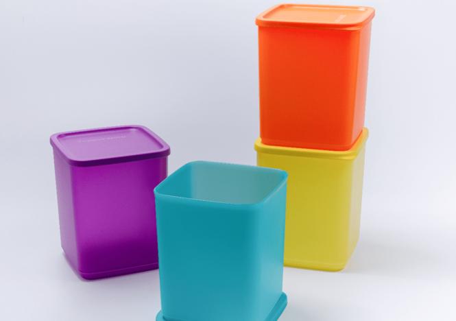 Bộ hộp mát vuông Tupperware 4 màu 1.8L