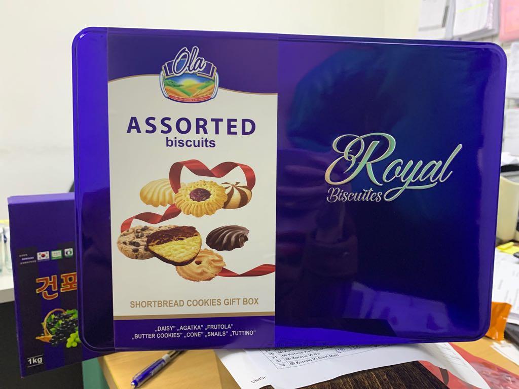 Bánh quy Assorted Royal Ba Lan 480g