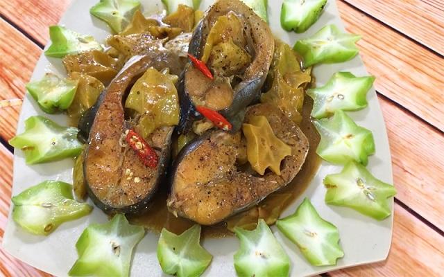 Cách nấu món cá kho khế chua dân dã, đậm đà vị quê