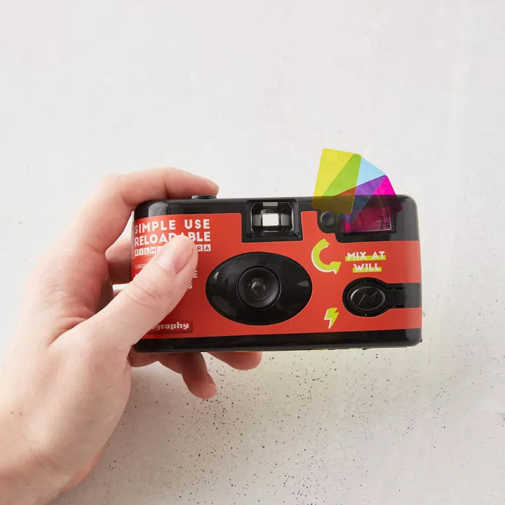 Máy ảnh Lomography Simple Use Metropolis 400 (27 kiểu) kèm flash (Chính hãng)
