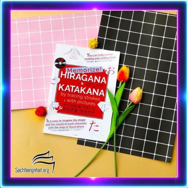 Sách tiếng Nhật - Memorize Hiragana & Katakana by tracking strokes & with Pictures (Kèm CD)