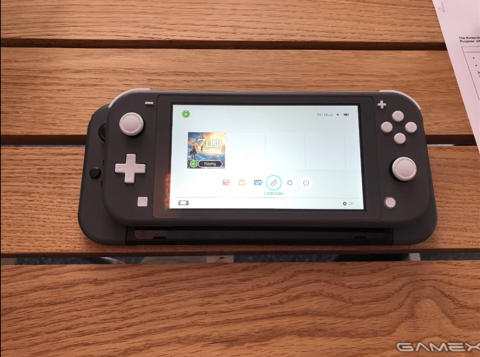 so-sanh-nintendo-switch-lite-va-nintendo-switch-thuong-su-nho-gon-va-yeu-to-cam-