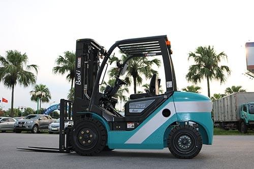 Xe nâng Trung Quốc Model KBD25, năm 2019, VFHM4700, số khung B16006V02550. Mã KD25BAT47.204.