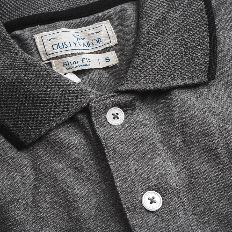 Áo thun polo Dusty Tailor dệt bo dark grey