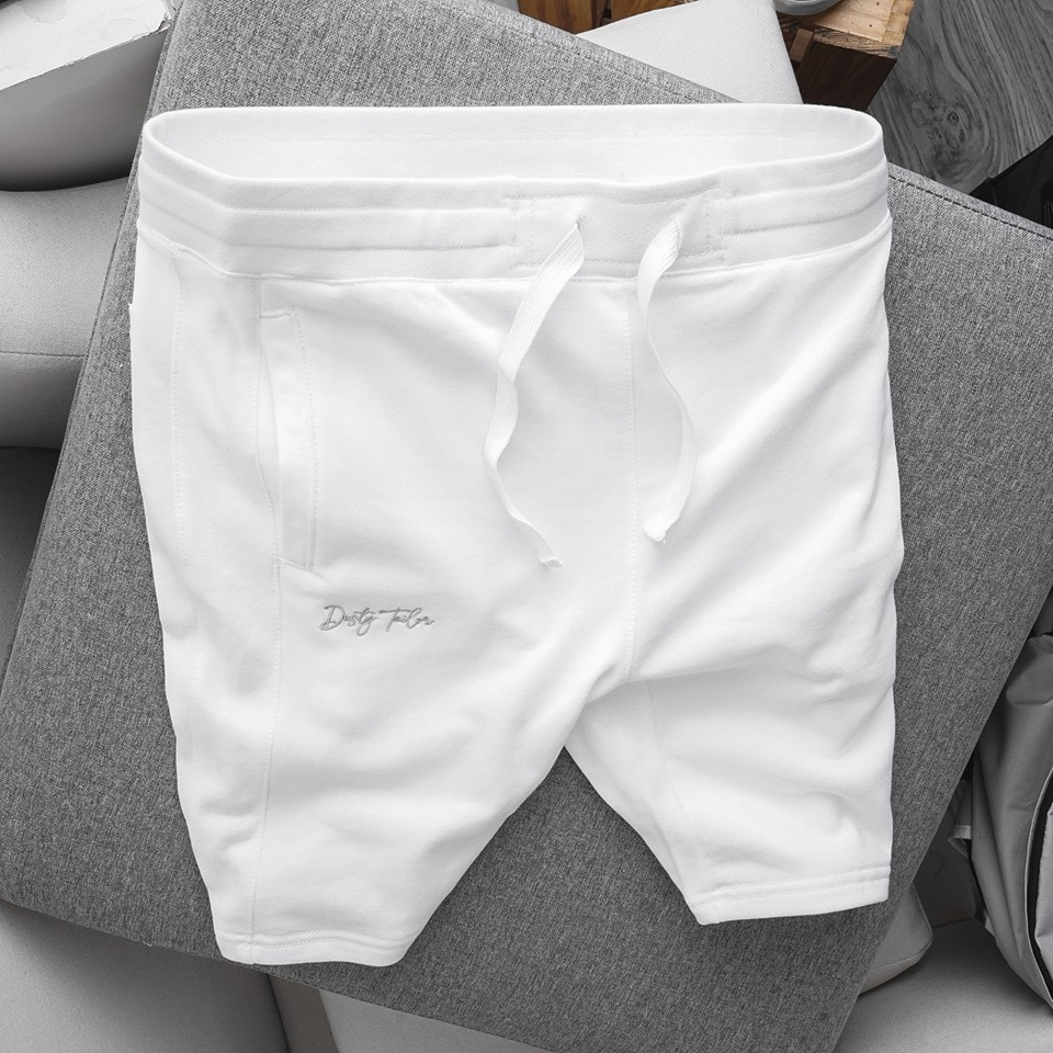 Quần short bermuda jogger Dusty Tailor white
