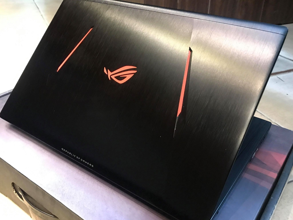 Asus GL753VE-GC059 Core i7-7700HQ/ 8GB/HDD 1TB/ GTX1050Ti 4GB/ 17.3