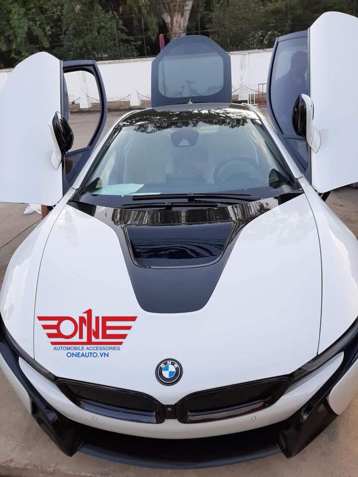 lot-san-o-to-bmw-i8
