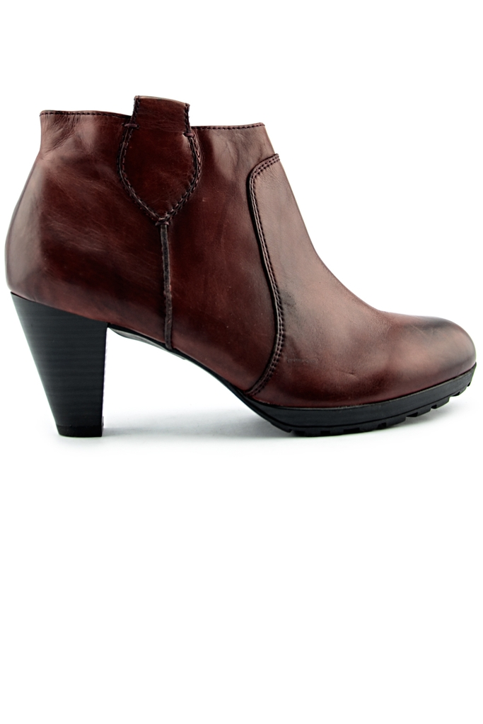 GREEN CROSS Leather Boots/ Oxblood