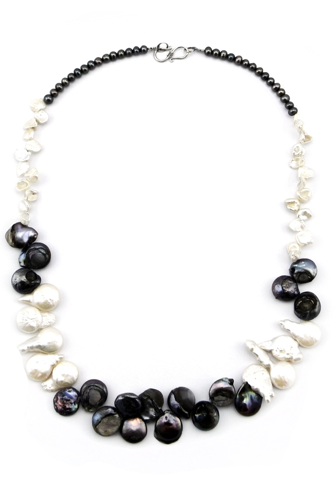 Clare Pearl Necklace