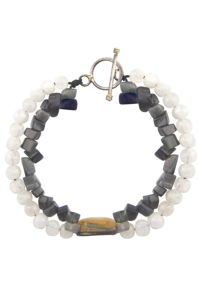 Vòng tay Black Cat Eyes Moonstone & Shell Bracelet