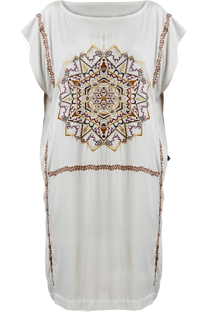 Đầm thêu Earth Mandala Embroidered  Boat-necked Kaftan Dress / White 2212 (inner shorts included)