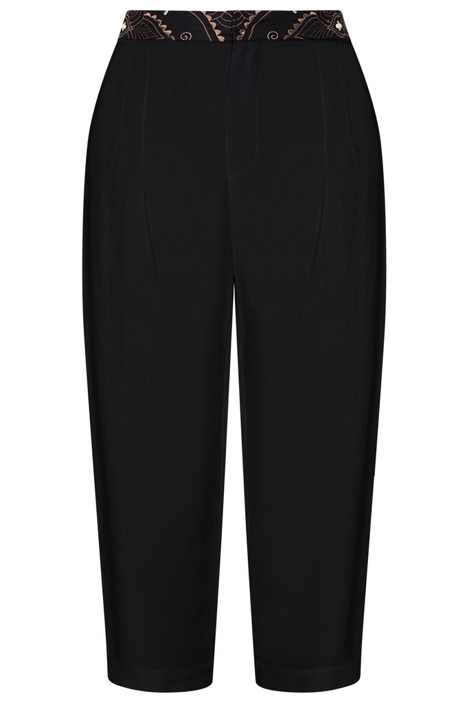 Michelle Linen Capri Pants/ Black