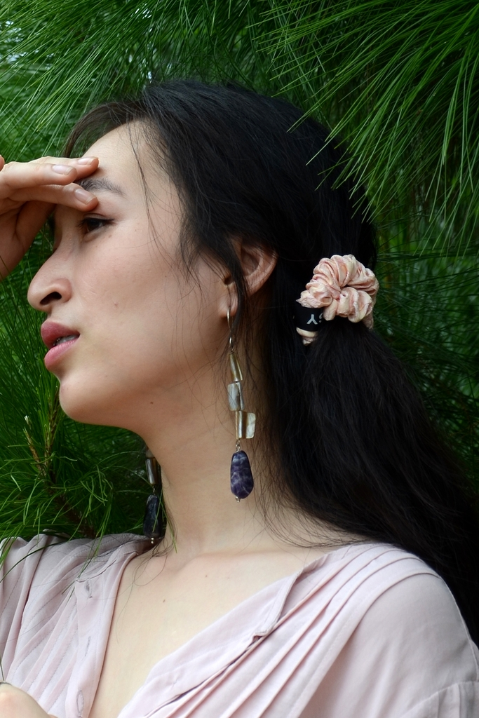 Bông tai Bell Amethyst Mother of Pearl Earings No.54