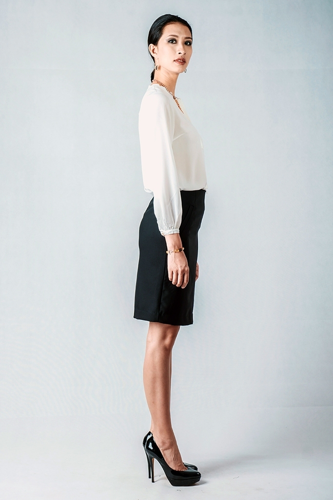 Hilary Pencil Skirt/ Black