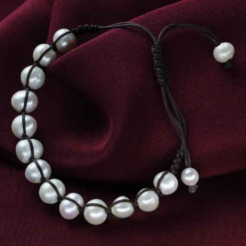 Pearl & leather pearl bracelet