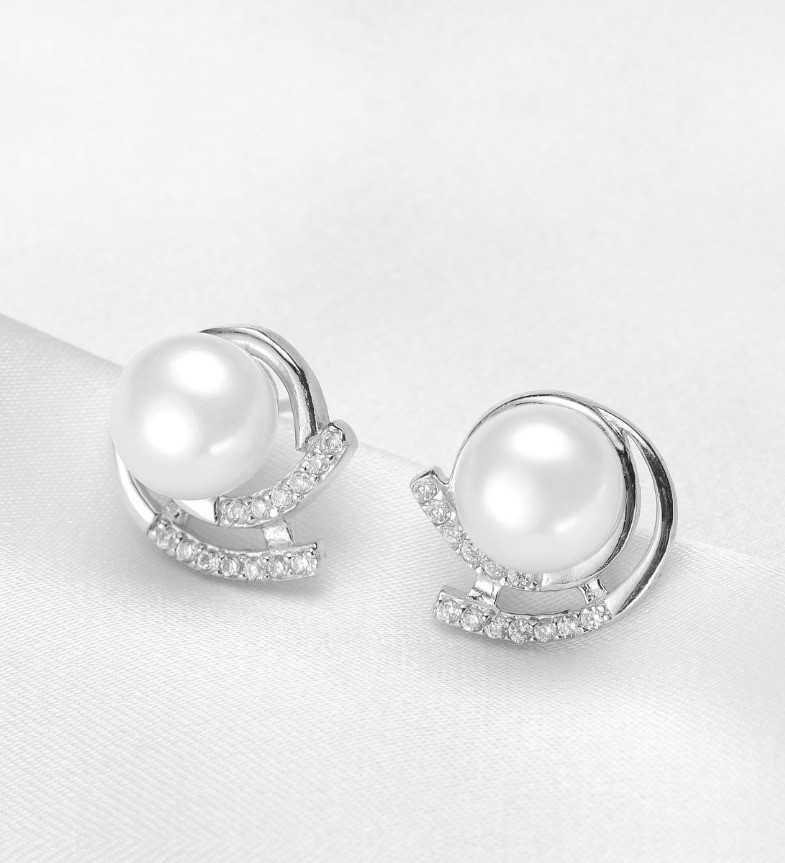 Button stud pearl Earrings