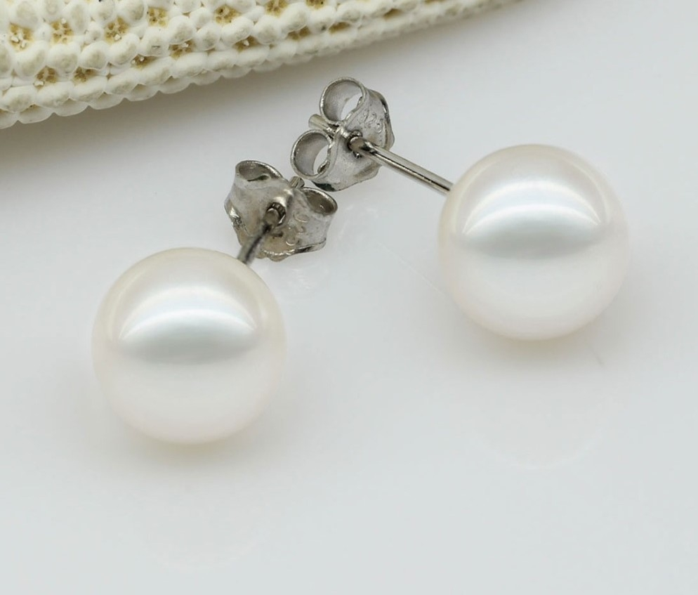 Stud round pearl Earrings