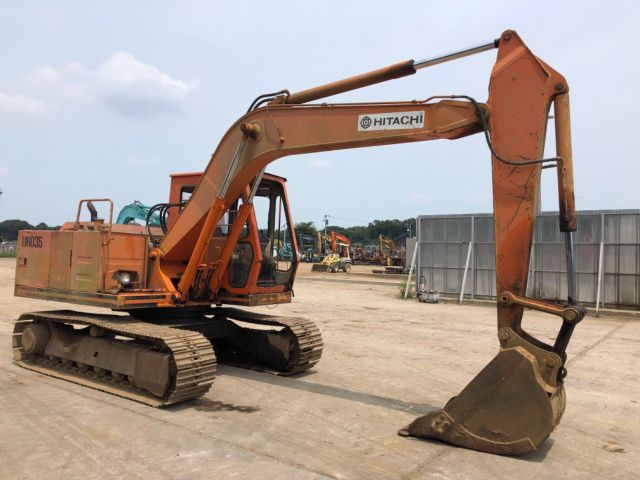 HITACHI UH035-7