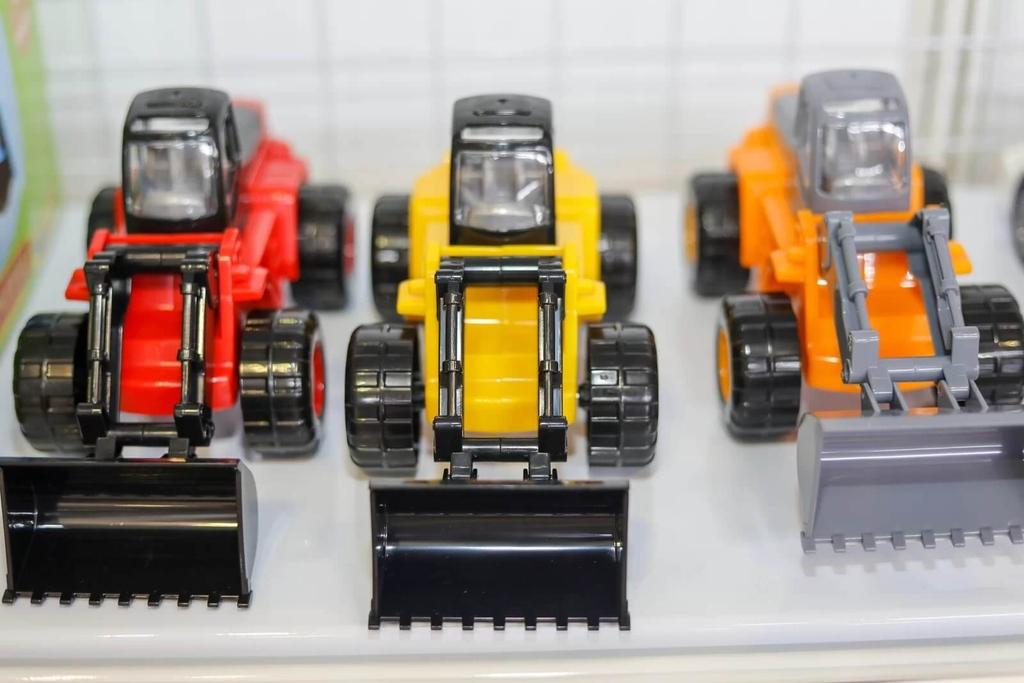 mẫu xe xúc 57976 trưng bày tại triển lãm vietbaby fair 01062019