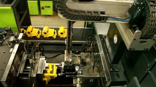 các khuôn đúc lắp ráp và sản xuất đồ chơi polesie