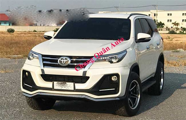Độ body kit Fortuner 2016 mẫu APOLLO