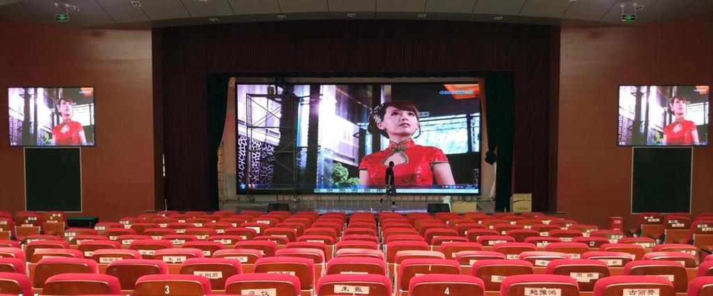 Cho thuê màn hình led P4 full color indoor giá tốt nhất toàn quốc Công ty  TNHH MTV LED Sơn Lâm