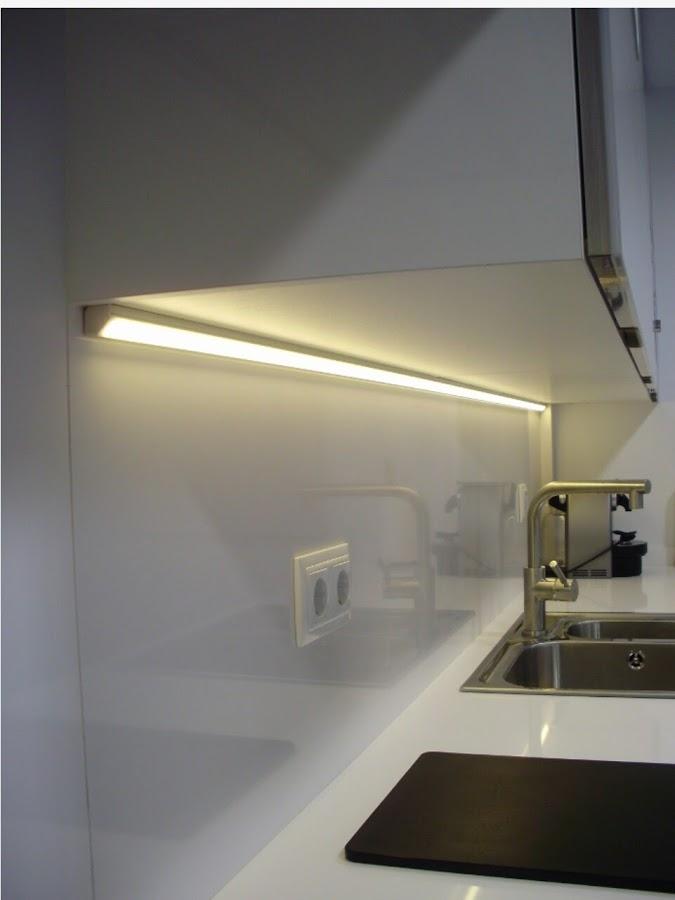 Đèn led thanh nhôm tủ bếp V1919C.30