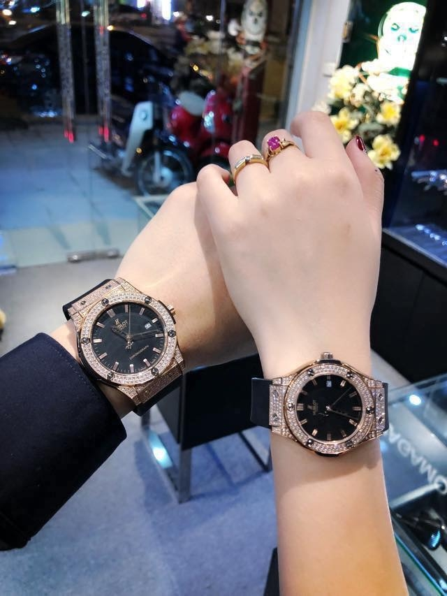 đồng hồ hublot đôi